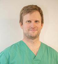 Dr  Arnaud Braeckman