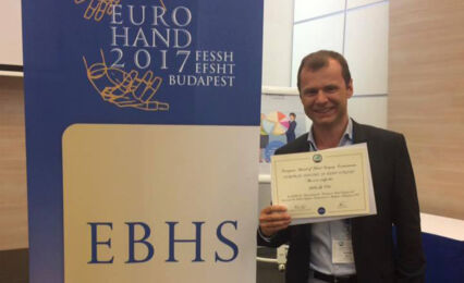 Dr Devos Europees Diploma Handchirurgie